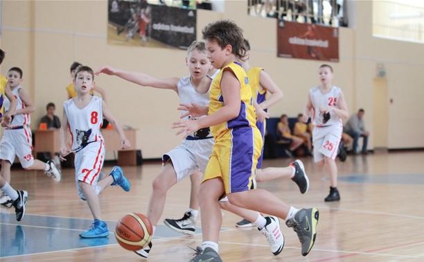 В Туле стартовал баскетбольный турнир Голышева