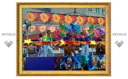 В Новомосковске полным ходом идет карнавал