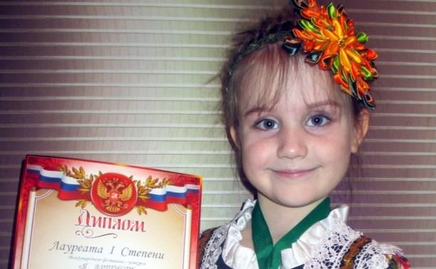 На международном фестивале-конкурсе отличилась 6-летняя плавчанка