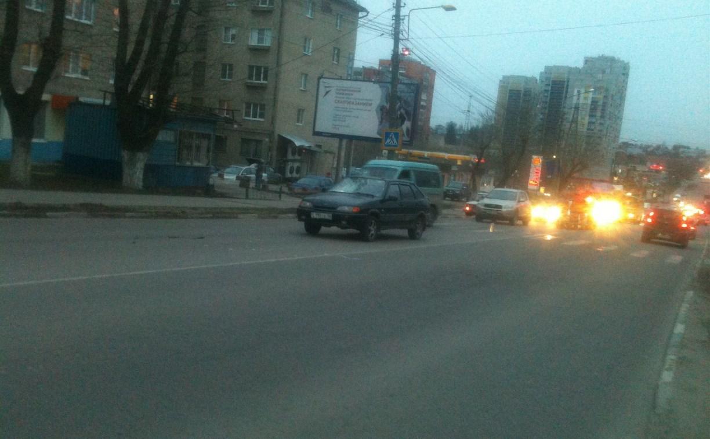 На улице Кутузова в Туле водитель «Лады» сбил женщину