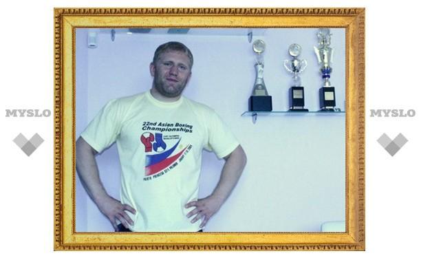 Харитонов вышел в полуфинал Гран-при лучших бойцов