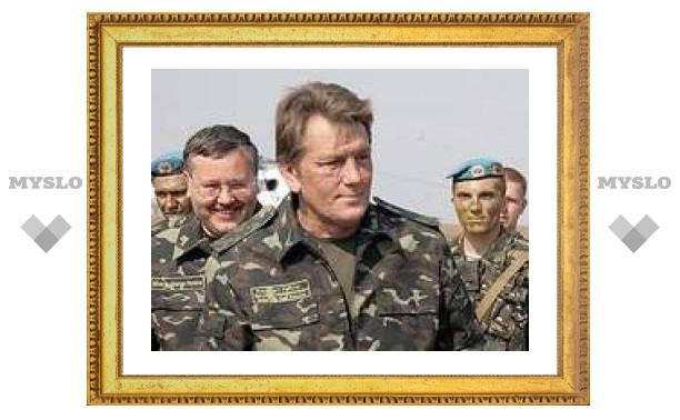 Ющенко просит парламент впустить на Украину иностранные войска