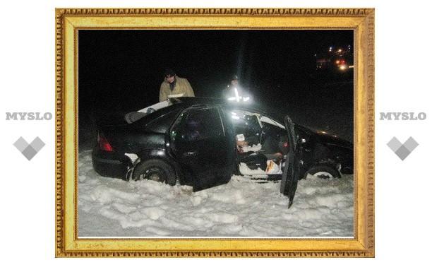 Под Тулой автоледи на иномарке улетела в кювет