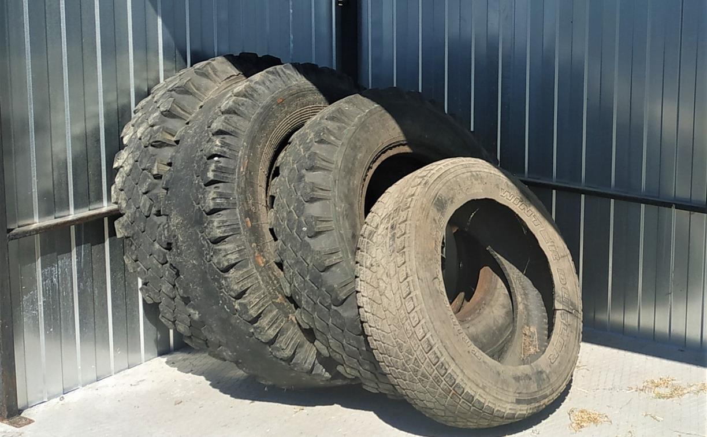 Тульский филиал ООО «МСК-НТ»: автомобильные шины запрещено оставлять на контейнерных площадках
