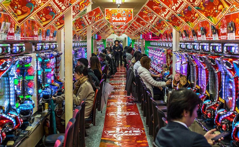 Как Япония планирует контролировать клиентов игровых автоматов