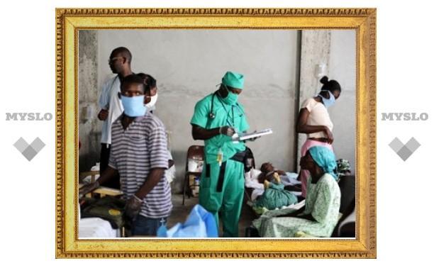 Власти Гаити отказались от бесплатной противохолерной вакцины