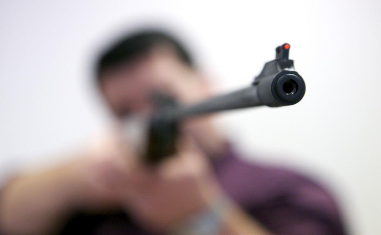 Житель Суворова из «воздушки» выстрелил приятелю в глаз
