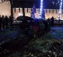 Ночью легковушка разбилась на Крестовоздвиженской площади