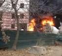 В новостройке на улице Седова загорелся строительный мусор