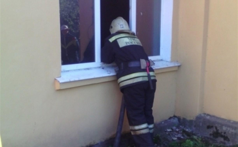 На пожаре в Суворове погибла женщина