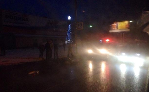Из-за неработающего светофора в Туле водитель сбил пенсионерку