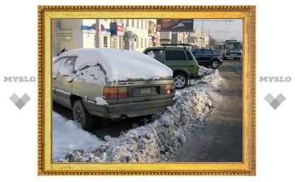 Уборке Тулы мешают автомобили-подснежники