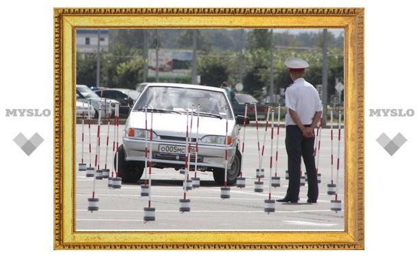 Тульские полицейские вошли в число лучших водителей в погонах