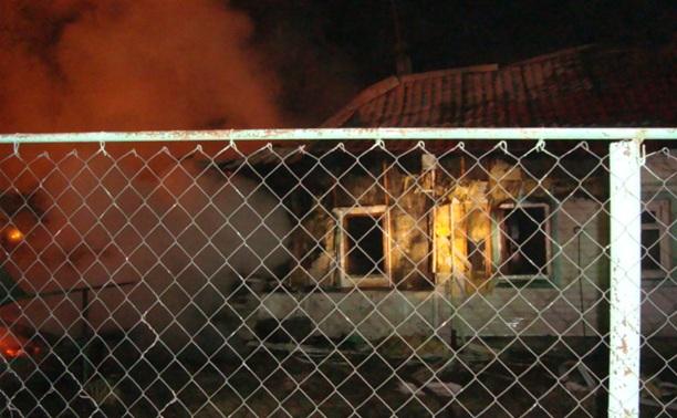 При пожаре в Ефремове сгорел человек