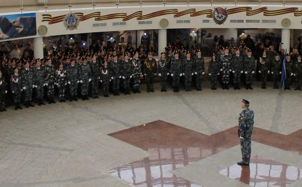 В Тульском музее оружия кадеты приняли присягу