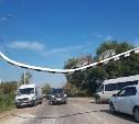 На Баташевском мосту новые рамки сломали через несколько часов после открытия