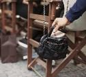 У посетительницы тульского кафе украли дамскую сумку