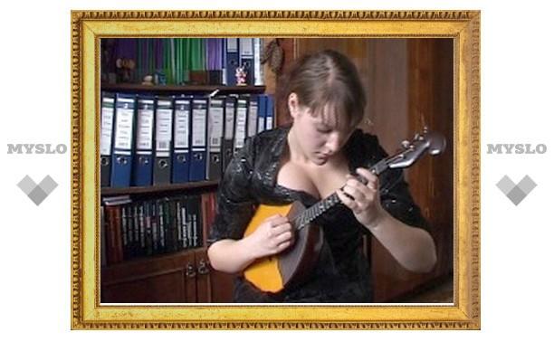Елена Пояркова из Новомосковска – лучшая домбристка России