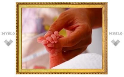 Немецкие врачи спасли 275-граммового новорожденного