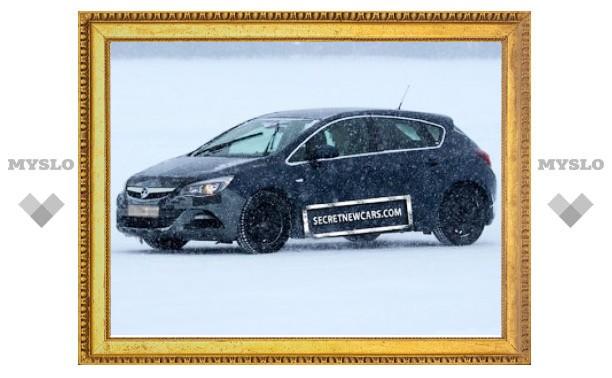 """Opel приступил к испытаниям """"заряженного"""" хэтчбека Astra"""
