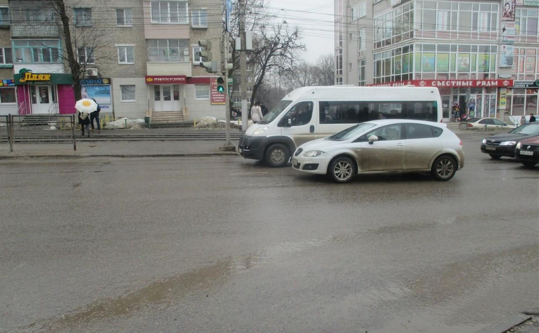 В Пролетарском районе водитель сбил пенсионерку на пешеходном переходе и скрылся с места ДТП