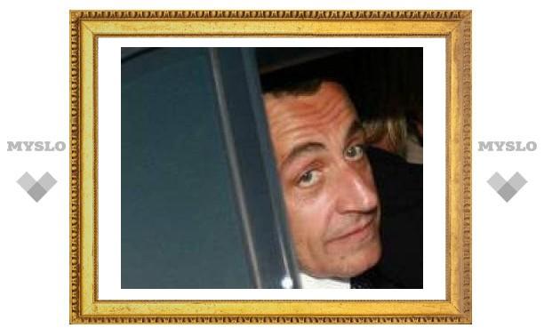 Первый бюджет Саркози оказался дефицитным