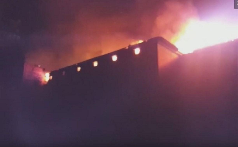 В Донском сгорело бывшее здание профессионального училища №15