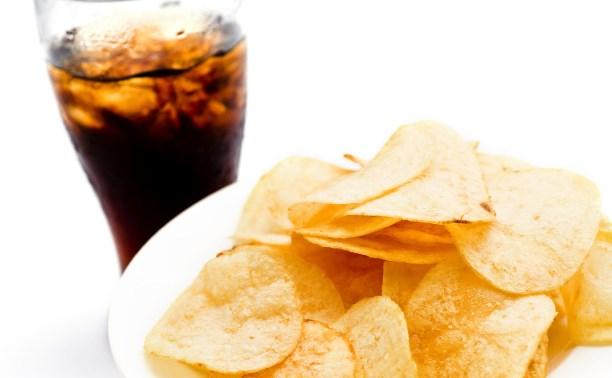На упаковках чипсов и таре с газировкой могут появиться устрашающие картинки