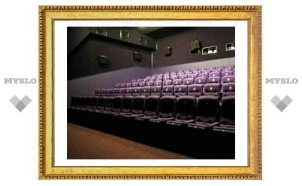 """Кинотеатр """"Искра"""" превратят в развлекательный комплекс?"""