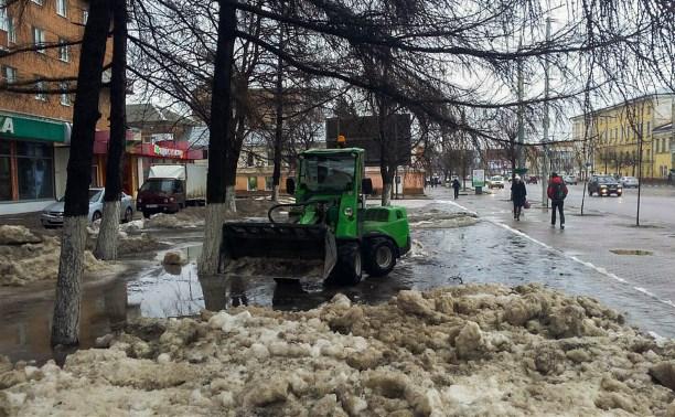 5 марта улицы Тулы убирают 75 единиц коммунальной техники