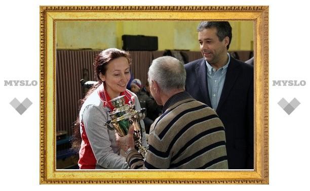 Олимпийская чемпионка Любовь Галкина побывала в Новомосковске