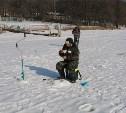 На Воронке прошли соревнования по подлёдной рыбной ловле среди инвалидов по слуху