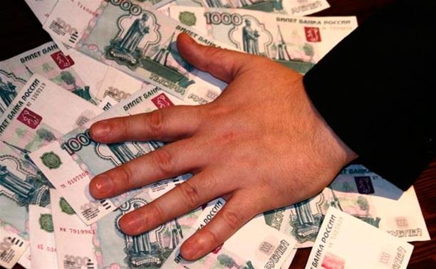 Сотрудник хлебокомбината присвоил более 160 тысяч рублей