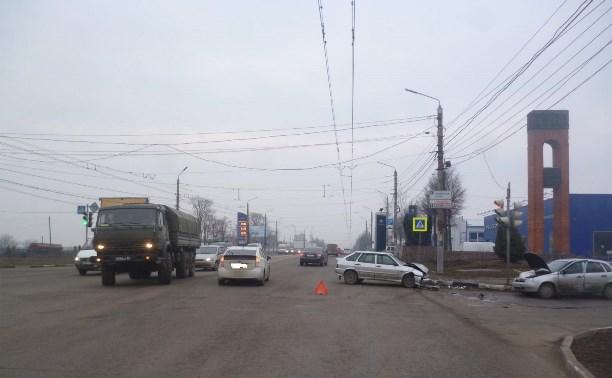 В Заречье в столкновении «Калины», «Фольксвагена» и ВАЗа пострадала женщина