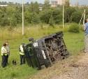 В Туле на Калужском шоссе микроавтобус перевернулся в кювет