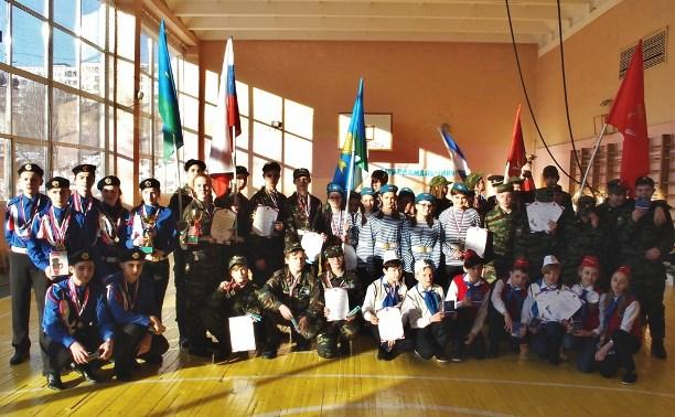 В Туле состоялась военно-спортивная игра, посвященная подвигу 6-ой роты псковской дивизии ВДВ
