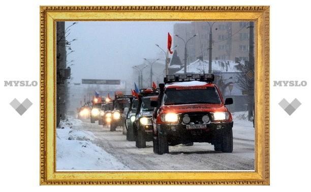 С площади Ленина стартовал посвященный Победе автопробег