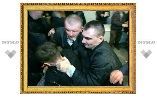 Тульские таксисты повязали милиционера