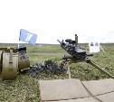 Гости с Первого канала посетили полигон «Тесницкое» и постреляли из пулемета «Максим»