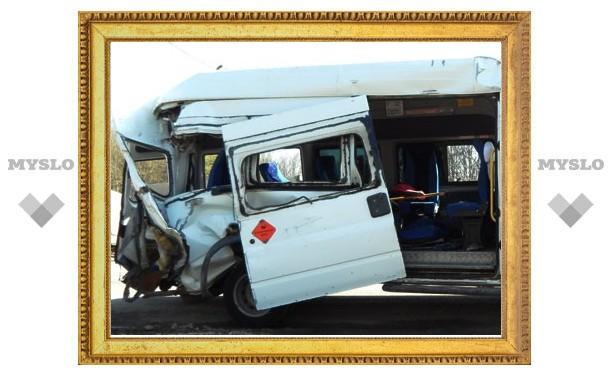 Крупное ДТП под Тулой: 14 раненых и двое погибших