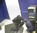 Иностранцев, укравших банкомат с 2,5 млн рублей, взяли под стражу