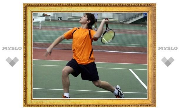 Тульские теннисисты одержали уверенную победу