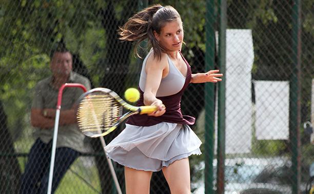Теннисисты из Тулы завоевали первые медали областного первенства