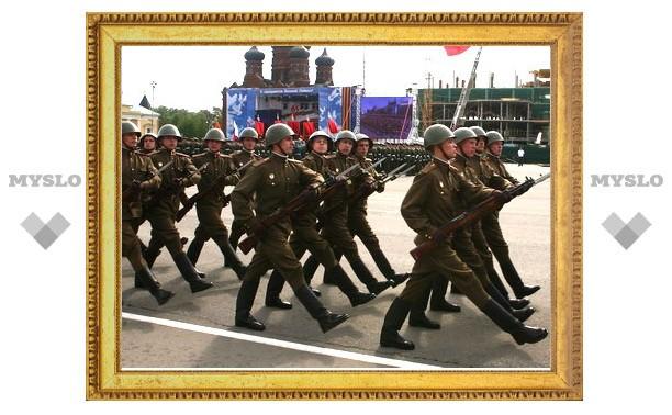 Фоторепортаж с Парада Победы в Туле