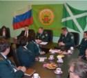 Владимир Груздев встретился с коллективом таможни