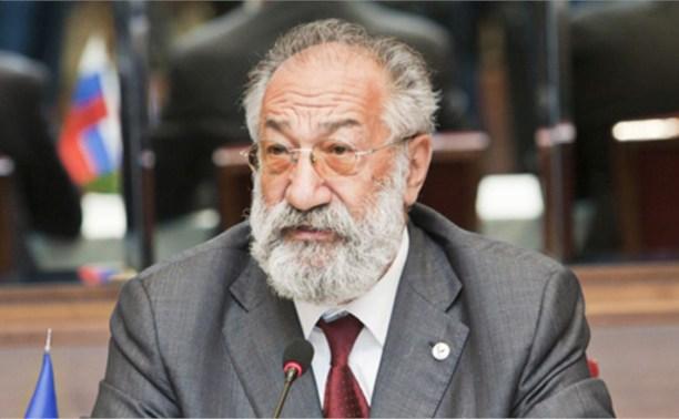 Артур Чилингаров получил от Владимира Груздева медаль «За особый вклад в развитие Тульской области»