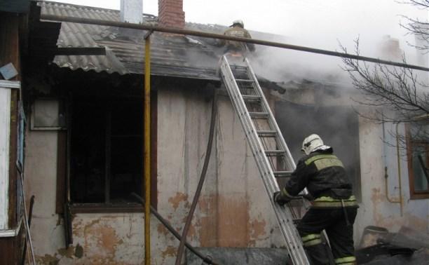 В Щекино 23-летний мужчина обгорел во время пожара