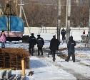 По факту смерти строителя во время обрушения 11 бетонных плит проводится доследственная проверка