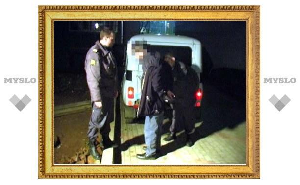 Под Тулой мужчина напал с ножом на собутыльника