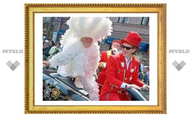 В мае Петербург ждет гостей на двухдневный карнавал